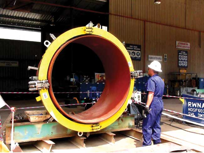 "COLD CUTTING 72"" OD PIPE"